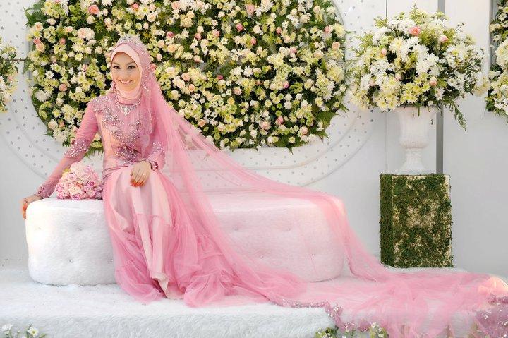 Pin koleksi busana pengantin muslimah cake on pinterest